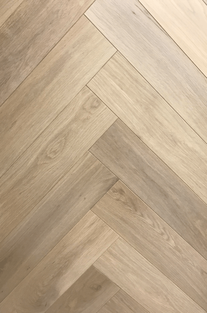 Multiplank Herringbone Natuur 5818 150 x 750 MM